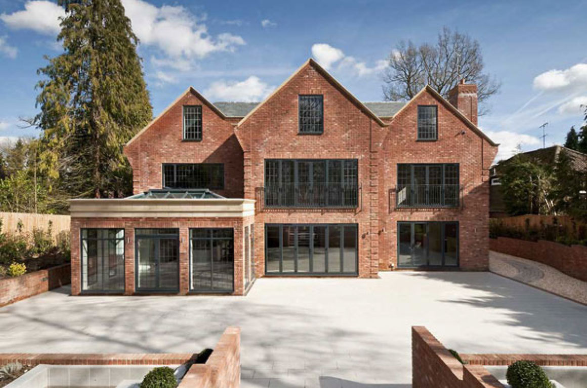 Jane duncan architects interiors new house gerrards cross for Picture of a new house